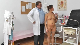 Redhead mommy fuck hole doctor role play