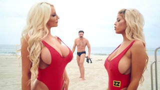Bigtit Bridgette B and Nicolette Shea play with each other