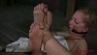 All tied up girlie Dia Zerva gets her wet pussy stimulated rough