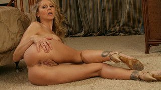 Julia Ann & Seth Gamble in My Friends Hot Mom